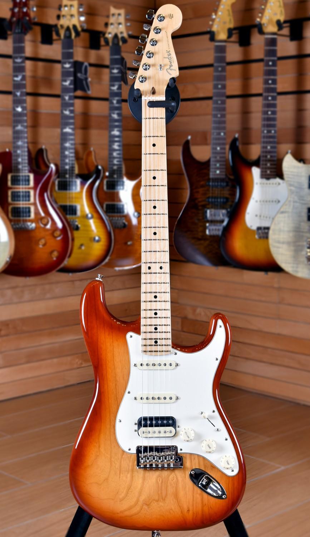 American Professional Stratocaster Hss Shawbucker Fuzzfaced