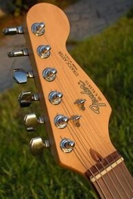 1989 American Standard Stratocaster headstock; note the truss rod access near the nut