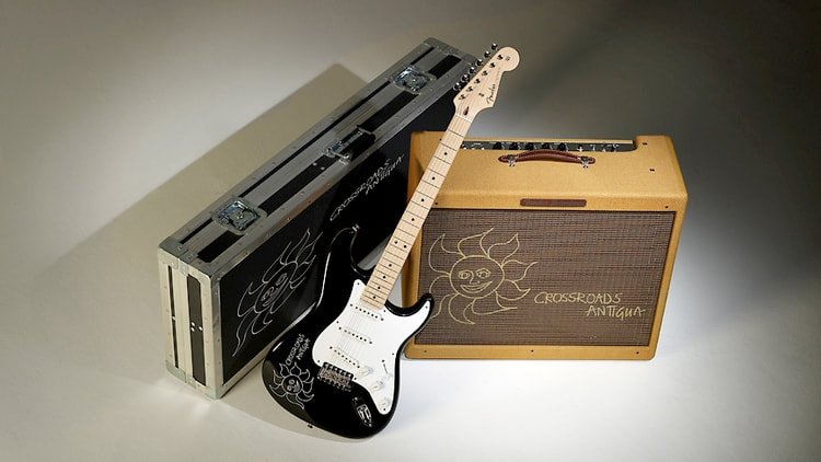 Crossroads Stratocaster and '57 Twin Amp