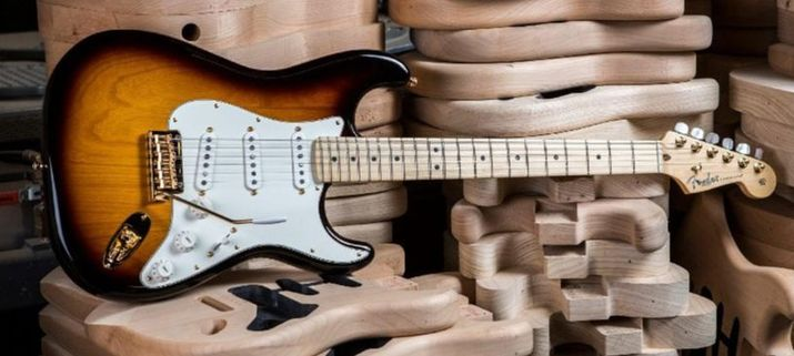 60th anniversary Commemorative Stratocaster