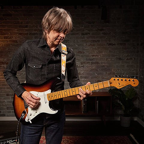 Eric Johnson with the Custom Shop replica of his Virginia Stratocaster