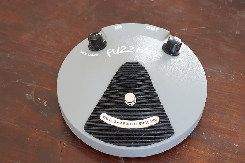 1987 Crest Audio reissue, courtesy of The Guitar and pedal Exchange