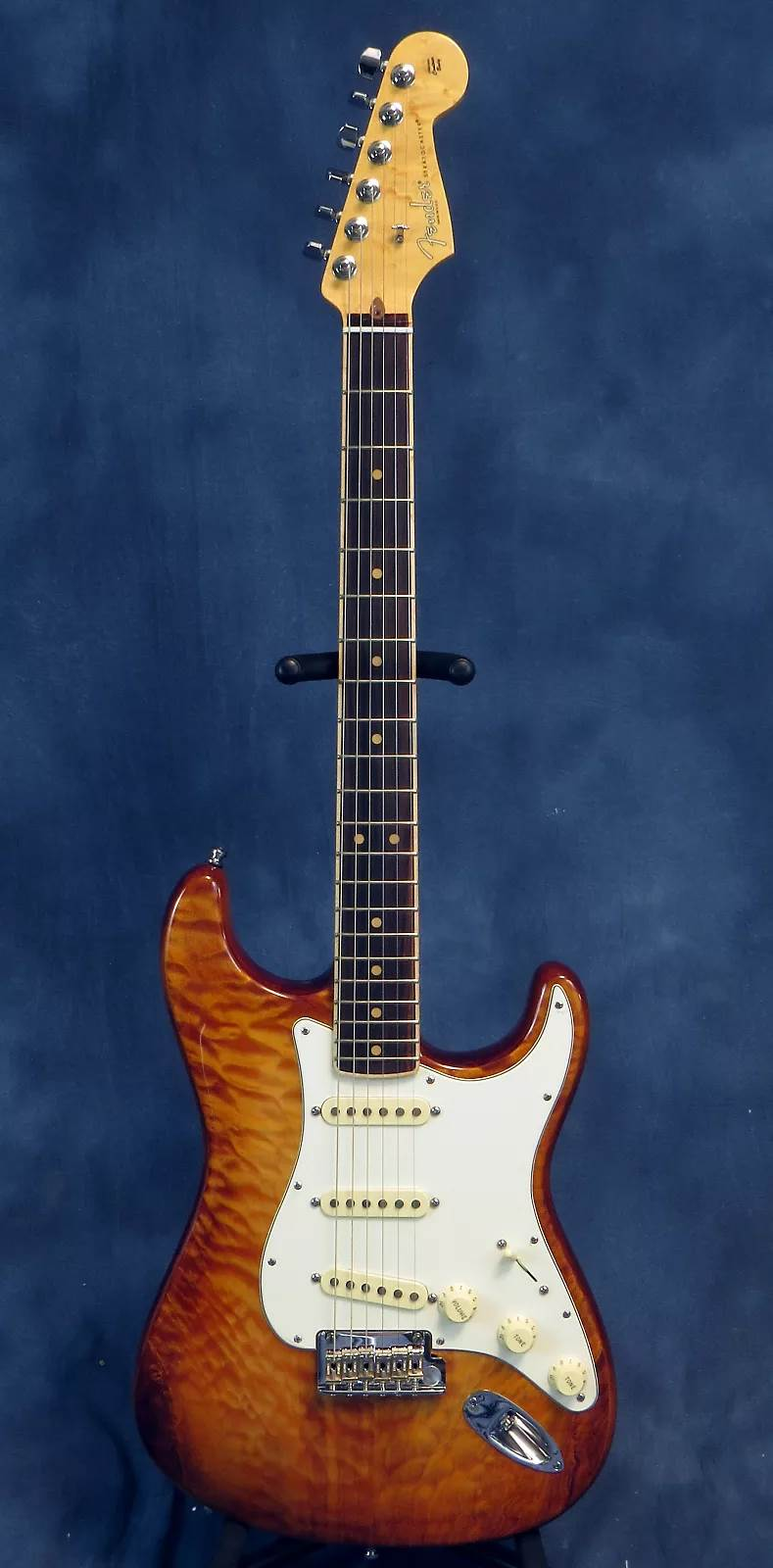 Fender Select Stratocaster Exotic Maple Quilt - Fuzzfaced