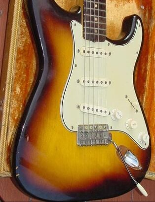Hybrid pickguard on a 1959 Strat: 3-ply and 8 holes!