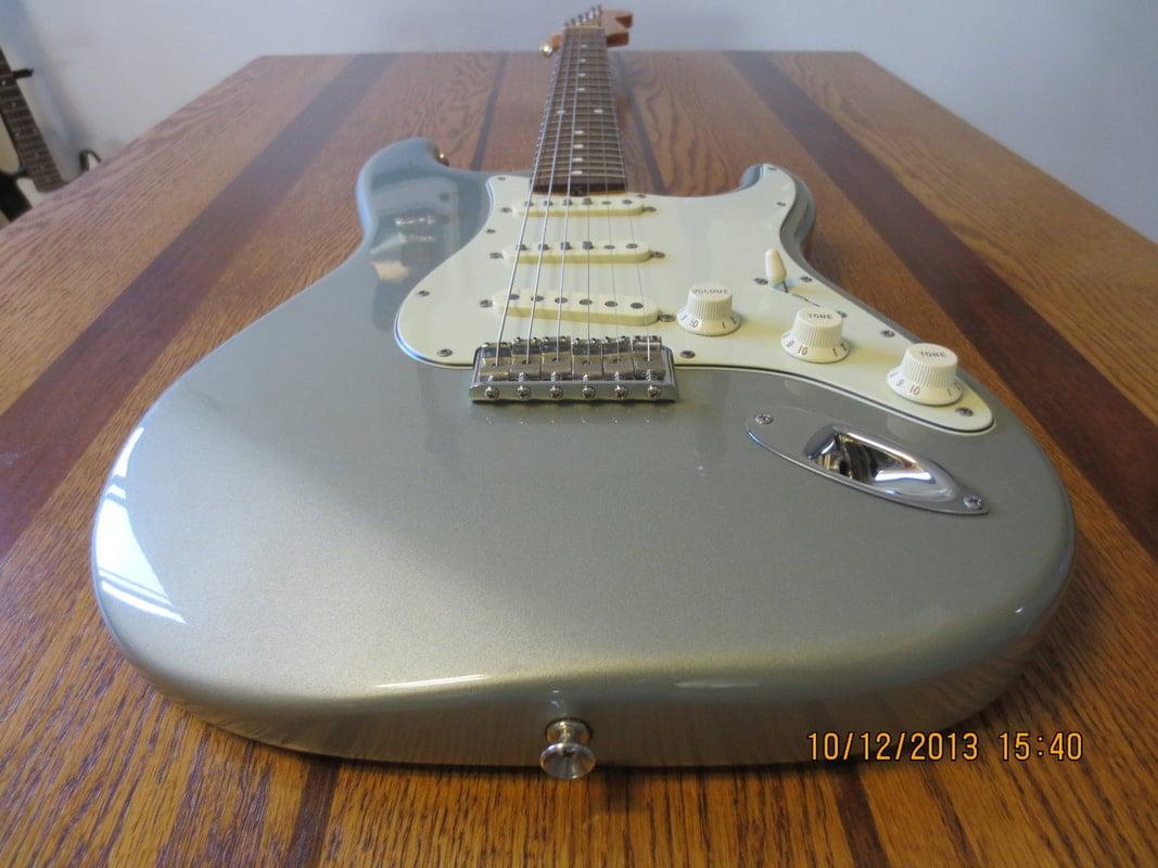 Robert Cray Standard Stratocaster (MIM) - Fuzzfaced